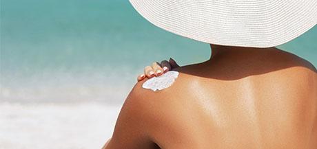 Comment se protéger du soleil selon sa nature de peau